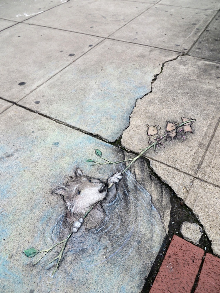 1411712094497_Chalk_and_Charcoal_Art_by_David_Zinn_in_the_Streets_of-_Ann_Arbor_Michigan_2014_10