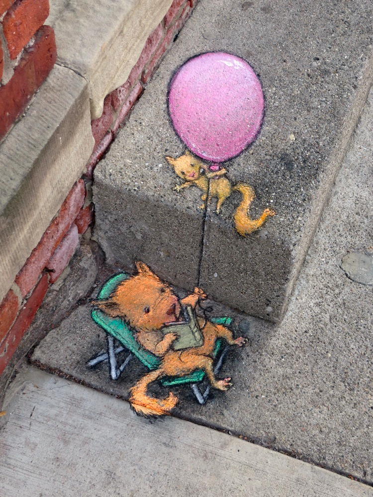 1411712094805_Chalk_and_Charcoal_Art_by_David_Zinn_in_the_Streets_of-_Ann_Arbor_Michigan_2014_07