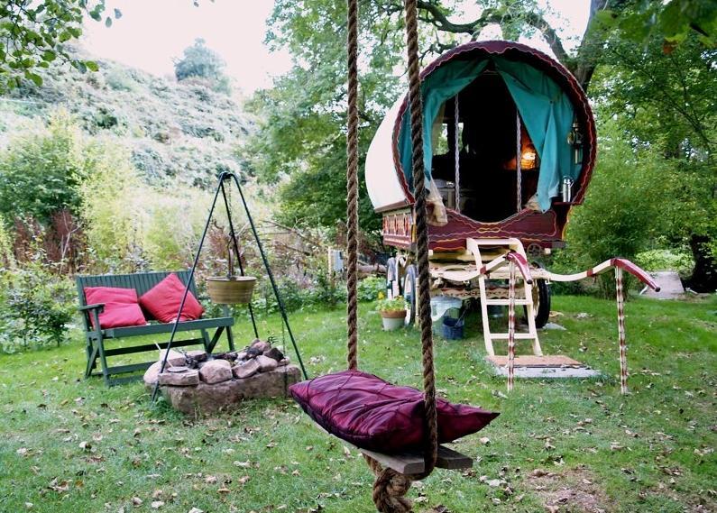 gypsy caravan B&B in Herefordshire, England bizarre culture