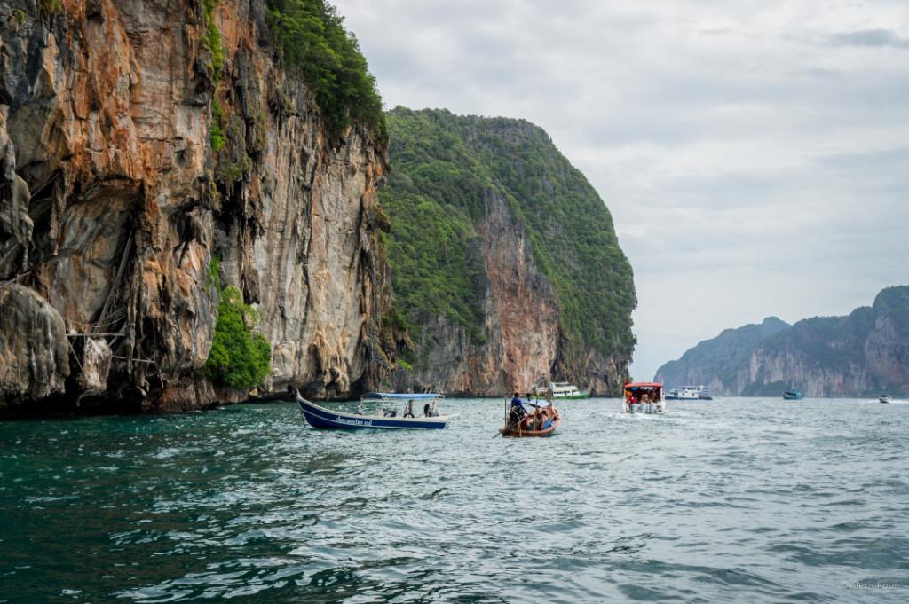 Alexis Jones Bizarre Culture Thailand
