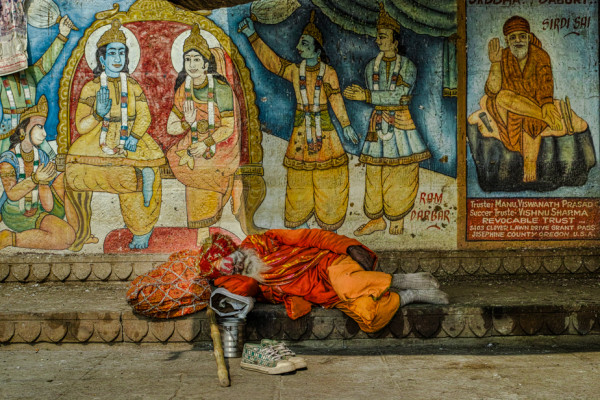 Of Gods and Men, Varanasi, India: Documentary Photography by Geoffrey Billett